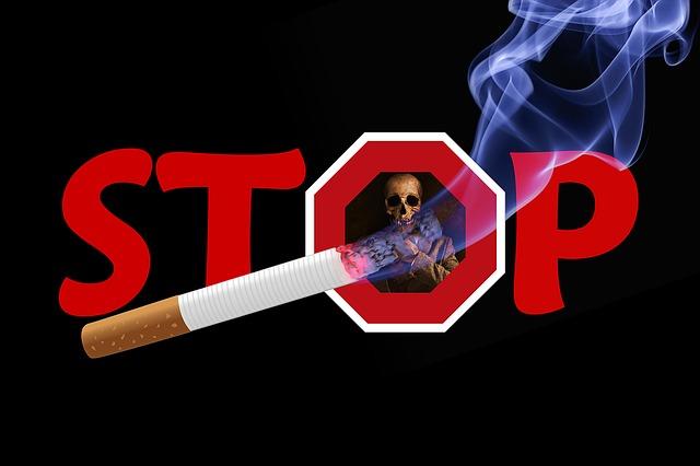 Rauchen im Auto als große Gefahr - NichtraucherHelden